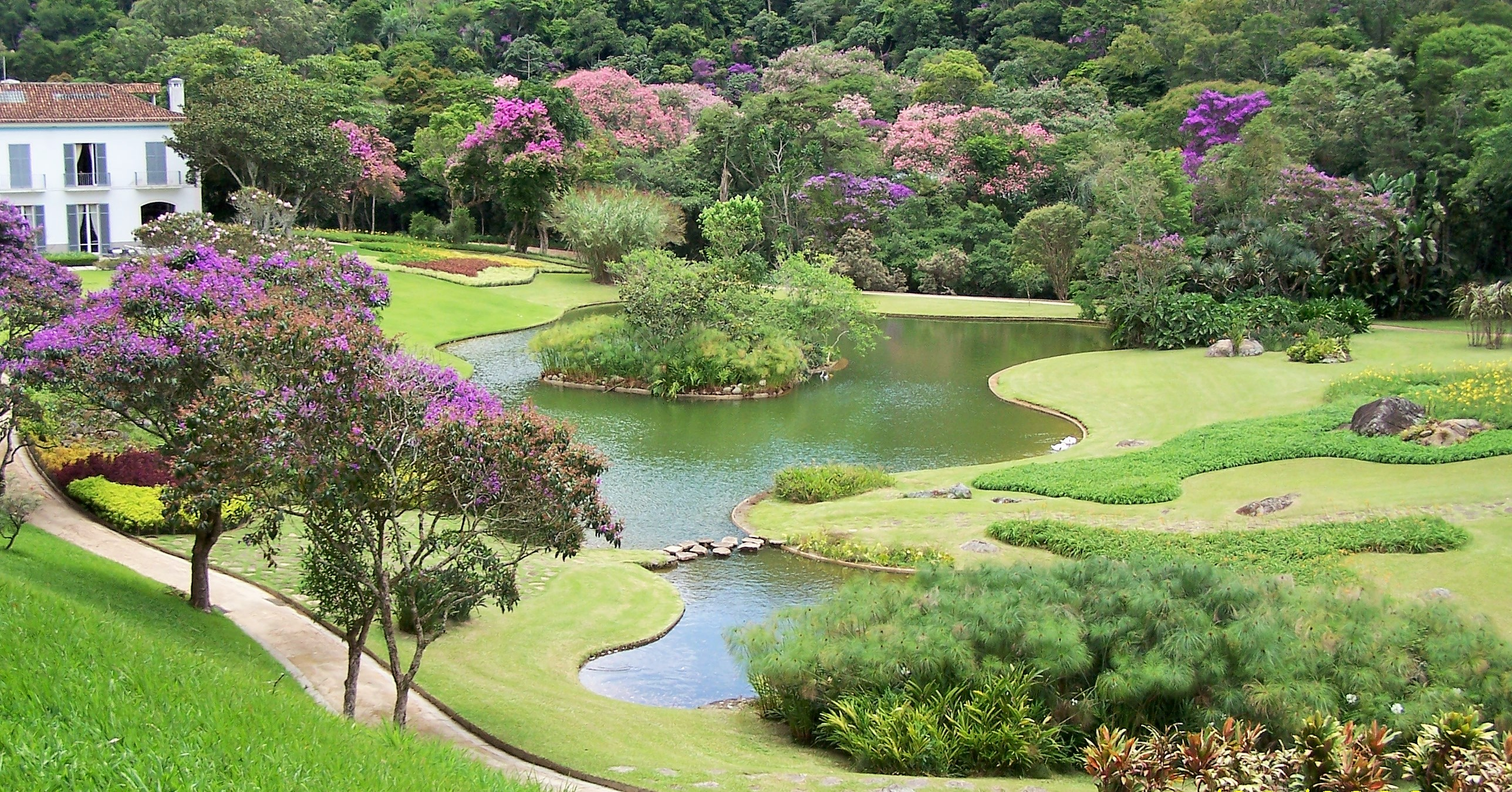 A Brazilian Odyssey The Gardens Of Roberto Burle Marx Jeff